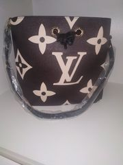 Louis Vuitton NEONOE MMMonogram Empreinte