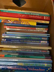 Zwei komplette Kisten mit Kinderbüchern