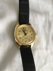 Arctos Damen Armbanduhr Gold Mantel