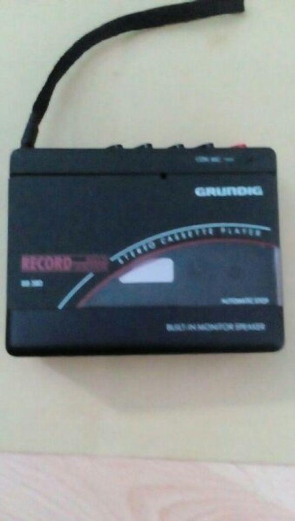 Walkman von Grundig