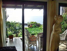 Ferienhäuser, - wohnungen - Anwesen mit Pool und Panoramablick