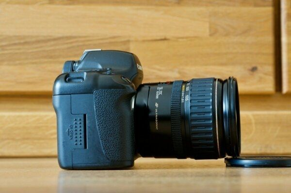 Canon EOS 5D mit EF 28-135mm IS USM