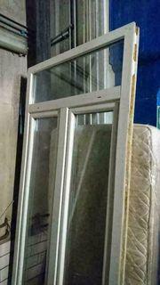 Zweiflügiges Fenster mit Oberlicht 110