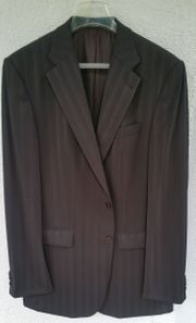 Schicker brauner Designer Anzug von