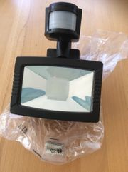 LED- Aussenstrahler Bewegungsmelder Neu