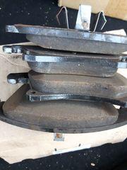 Bremsbeläge Bremsklötze vorne und hinten