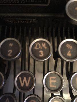 Bild 4 - Schreibmaschine Triumph Metall schwer Topzustand - Starnberg