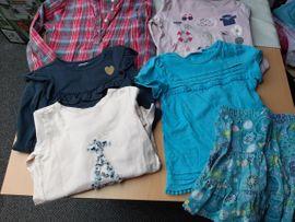 40 Teile Mädchenkleidung Gr 110: Kleinanzeigen aus Baiersdorf - Rubrik Kinderbekleidung