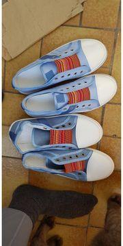 2 Paar Schuhe Sneakers