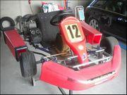 Rennkart mit KZH 100ccm Motor