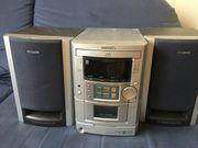 Aiwa Stereoanlage mit 2 Boxen