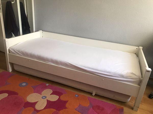 Zwei Betten zu verschenken