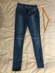 SEXY SLIM-FIT JEANS IN HELLER