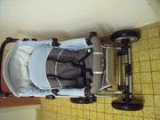 Schöner Kinderwagen-Buggy mit Softtragetasche