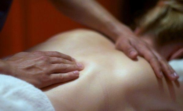 Kostenlose Entspannungs und Wellnessmassage für