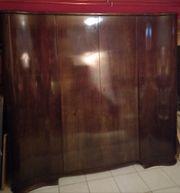 Holzkleiderschrank zwei Nachtschränke zu verkaufen