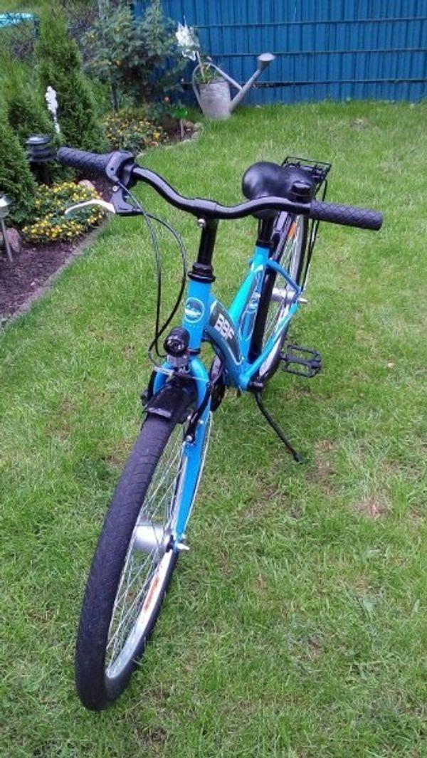 Fahrrad 24 in Blau zu