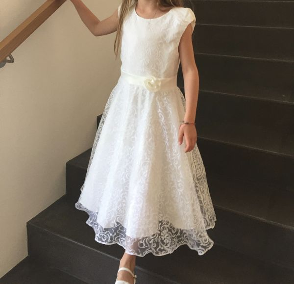 Kleider für kommunion gäste