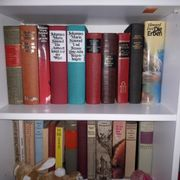 1 Kiste Bücher