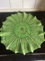 Original Häkeldecke grün 47cm rund