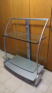 Fernsehwagen mit großer Glaspatte oben