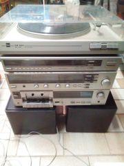 Stereo-Anlage mit Lautsprecher