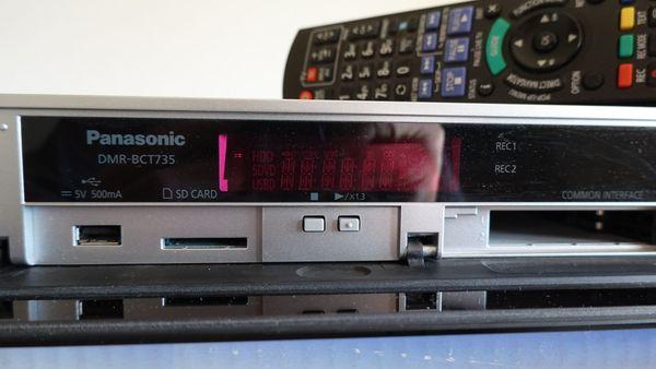 Blu-ray Disc-Rekorder Panasonic DMR-BCT735 Silber