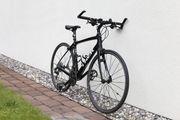 Straßenrad mit Carbon-Rahmen in Top-Zustand