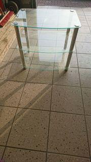 Glasregal Tisch