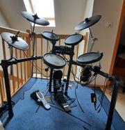 Schlagzeug Roland TD4