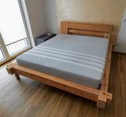 Echtholz-Zirben Bett Balken