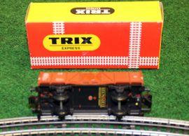 Modelleisenbahnen - Originalverpackter TRIX EXPRESS Niederbordwaggon in