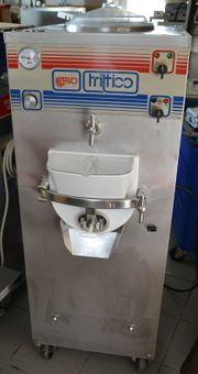 Bravo Trittico Eismaschine mit integrierten
