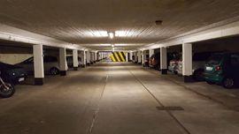 --Garage, Tiefgaragenstellplatz, Stellplatz in Halstenbek S-Bahn-