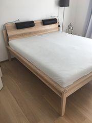 Holzbett von Thielemeyer