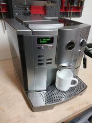 Kaffeevollautomat Jura Impressa S9 silber