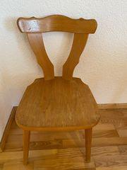 Stuhl mit oder ohne Sitzkissen