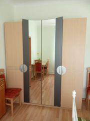 Diverses modernes Möbel in sehr