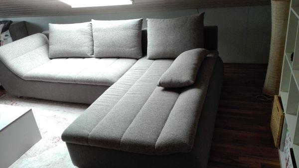 Couch L-Form mit Schlaffunktion und