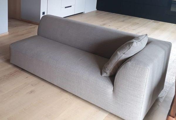 wunderschöne Couch NEU