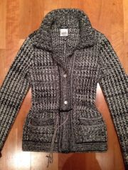 Chanel Couture Strickjacke Gr 36 -