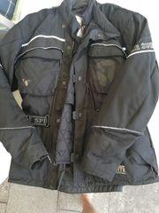 Motorrad Textiljacken und Lederhose