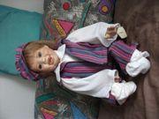 Porzellan-Puppe Dini - Handarbeit