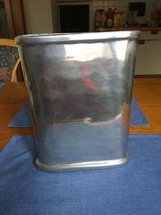 Metall-Vase