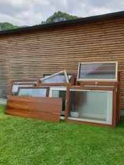 Holzfenster und Türen