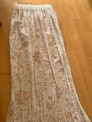 2 weiße Gardinen-Schals zu verkaufen