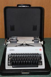 Olympia Monica Schreibmaschinemit Koffer