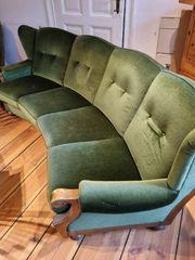 schönes Sofa im Retrolook
