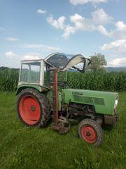 Traktor Fendt 102 S