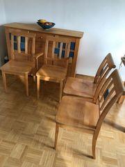 Anrichte und Stühle im Set